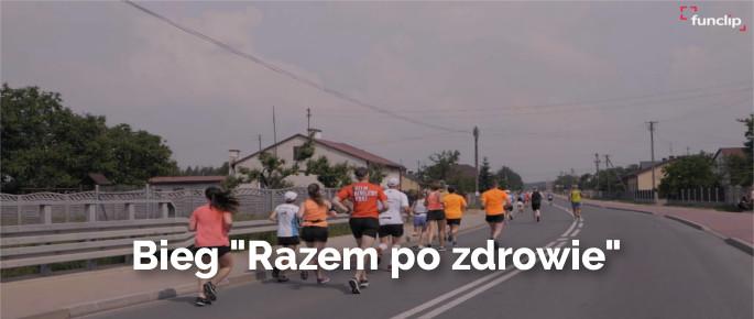 Zdjęcie z IV Biegu w Niewiadowie - razem po zdrowie, ludzie biegnący po ulicy